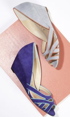 Soft suede mini wedges with a cut out front and piping detail.