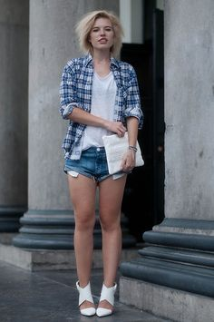 Blue Checkered Lumberjack Shirt Check Blouse Vintage, The Sting White Basic Oversized Simple T Shirt Tee, One Teaspoon Bandits Denim Shorts Jeans, White Text Clutch Stressed But Well Dressed Zara, Zara White Strappy Buckle Heels