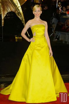 """Elizabeth Banks in Jason Wu at the """"Hunger Games"""" World Premiere   Tom & Lorenzo Fabulous & Opinionated"""
