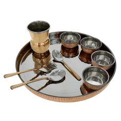 Traditionelles Indisches Thali Set für 1 Person