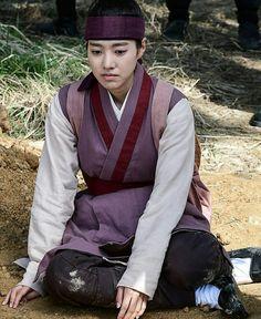 Grand Prince, Medical Drama, K Idols, Kdrama, Korean Fashion, Singing, Romantic, Actresses, Fire