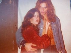 David Lee Roth connecting with his Van Halen fans early on