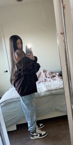 Tomboy Fashion, Teen Fashion Outfits, Retro Outfits, Mode Outfits, Streetwear Fashion, Girl Outfits, Baddie Outfits Casual, Cute Swag Outfits, Cute Comfy Outfits