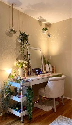 Room Design Bedroom, Room Ideas Bedroom, Home Room Design, Cute Bedroom Ideas, Bedroom Decor, Pastel Room, Indie Room, Pretty Room, Cute Room Decor