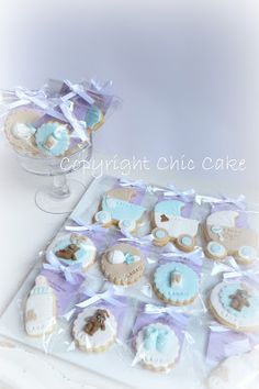 Chic Cake: Biscotti decorati Battesimo