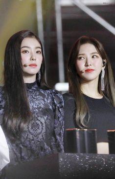 Wendy Red Velvet, Red Velvet Irene, Seulgi, South Korean Girls, Korean Girl Groups, Red Velvet Photoshoot, Wendy Rv, Queen Bees, The Girl Who