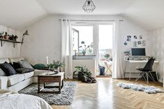 Keep updated with the newest small living room decoration some ideas (chic & modern). Find great methods for getting fashionable design even if you have a small living room. Small Space Living Room, Tiny Living Rooms, Small Room Design, Home Living Room, Apartment Living, Living Room Decor, Small Living, Apartment Therapy, Small Spaces