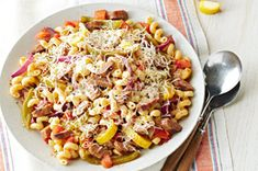 Italian Sausage & Pasta Toss Recipe - Kraft Recipes 7 points per serving. Kraft Foods, Kraft Recipes, Pasta Recipes, Salad Recipes, Cooking Recipes, Healthy Recipes, Recipe Pasta, Dinner Recipes, Dinner Dishes