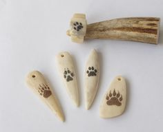 Elk Antler Jewelry | Antler jewelry. Scrimshaw. Paws by BDSart