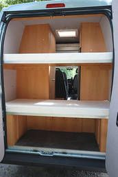 elektrisches hubbett im wohnmobil von unten mechanik mit. Black Bedroom Furniture Sets. Home Design Ideas