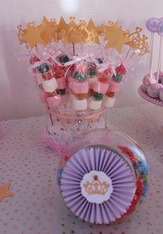Princess Candy Bar by Violeta Glace! Royal Princess, Princess Party, Castle Party, Baptism Party, 4th Birthday, Babies Fashion, Party Ideas, Pregnancy Fashion, Candy