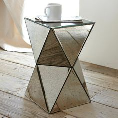faceted mirror side table /\\/