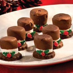 Snowman Hats Recipe christmas christmas recipes christmas crafts christmas food christmas party favors christmas deserts christmas food art