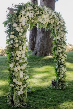 Hydrangea and rose wedding arch: http://www.stylemepretty.com/2017/05/24/classic-tahoe-wedding/ Photography: Clane Gessel - http://clanegessel.com/
