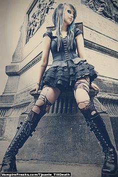 Gothic Fashion #gothic #fashion #gothic_fashion #goth
