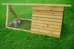 Chicken Coops 101 « « Urban Chickens - Backyard Chicken Keeping Urban Chickens – Backyard Chicken Keeping. really like the small size of this coop.