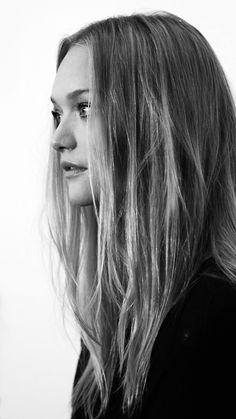 metallick:    pamcleardesign:    Gemma Ward      E