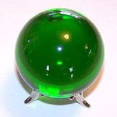 Green Rocks and Crystals Crystal Sphere, Crystal Skull, Crystal Healing, Quartz Crystal, Crystals Minerals, Crystals And Gemstones, Stones And Crystals, Green Quartz, Fortune Teller