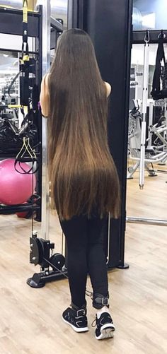 K this is too long but whoa lol Easy Hairstyles For Long Hair, Curled Hairstyles, Long Brown Hair, Dark Hair, Beautiful Long Hair, Gorgeous Hair, Natural Hair Styles, Long Hair Styles, Oily Hair