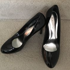 BCBG Black Patent Pump Black BCBG patent pumps, 1.2 inch platform, 4 in heels. size 8.5 BCBGeneration Shoes Heels