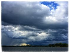 13 #storm #weather #rain #cloud #clouds #stormfront #boating #thousandislands #1000islands #river #pic #photo #mikephillipspic #photography