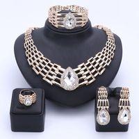 OUHE Estilo Beads Africanos Conjuntos de Jóias Para As Mulheres Verão Acessórios Do Casamento Nupcial Crystal Clear Colar Brincos Traje Pulseira