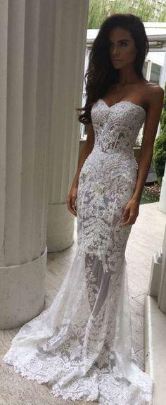 Exotic Beach Wedding Dresses That Inspire 15