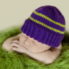 This is a modification of the baby hat pattern that used to be posted on the IWK website. Here is a print version of the pattern in .pdf format. This hat is favoured by the hospital nurses because ...
