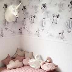 I've heard that 2016 is the year of the unicorn..?  Photo by talented @kristinahedefogsgaard And look at these beautiful swans by @bystaer #unicorn #2016 #mrsmighetto #mrsmighettowallpaper #wallpaper #ohclouds #interior #kids #kidsdecor #kidsinterior #kidsroom #jimmycricket #swanpillow #swan #svane #svanepude