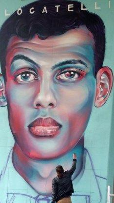 Stromae reuzegroot vereeuwigd in Brussel - De Standaard: http://www.standaard.be/cnt/dmf20160418_02243499?utm_source=facebook