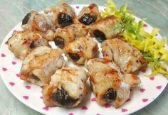 Aszalt szilvás csirkemell falatkák 🍑 Hungarian Recipes, Hungarian Food, No Bake Cake, Meat Recipes, Bacon, Food And Drink, Chicken, Beef Recipes, Steak Recipes