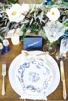 Blue place setting | Stephanie Yonce Photography and Amore Events by Cody | see more on: http://burnettsboards.com/2014/08/european-flavored-al-fresco-rehearsal-dinner/