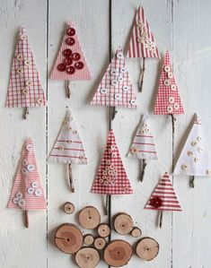 Fabric Crafts Button trees from fabric leftovers for Christmas - Sweet Laura
