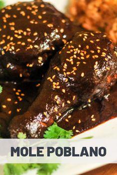 Mole Poblano Recipe, Chicken Mole Recipe, Spanish Dishes, Mexican Dishes, Spanish Tapas, Spanish Food, Greek Recipes, Mexican Food Recipes, Spanish Recipes