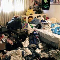 Wanneer Ben het filmpje te kijken kreeg begon hij helemaal te flippen. Hij begon met alles te smijten in zijn kamer.