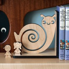 Snail Wood Bookend Modern Baby Nursery by graphicspaceswood, $48.00