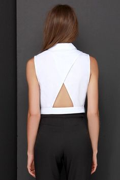 Give your button-up a modern makeover with the Top That Ivory Button-Up Crop Top! Woven cotton forms a pointed collar, button-up front, cropped hem and cutout back. Cropped Tops, Formal Tops, Cross Shirts, Fashion Details, Fashion Design, Mode Inspiration, Mode Style, Blouse Designs, Crop Top Designs