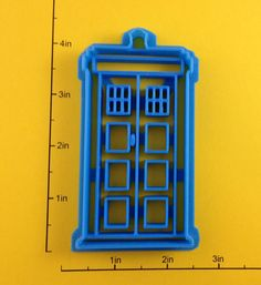 Dr Who Tardis Cookie Cutter by WarpZone