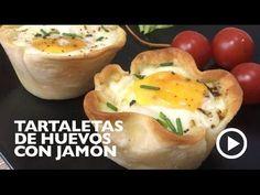 Estas tartaletas de huevo, jamón y queso se preparan en un momento con obleas envasadas especiales para empanadillas. Se pueden rellenar a tu gusto