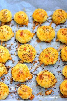 crochete de cartofi cu cascaval la cuptor