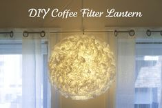 How to Make a Coffee Filter Pendant {ikea hack} Cover a paper lantern shade in coffee filters and use an Ikea pendant light to create this beautiful and… Coffee Filter Paper, Coffee Filter Crafts, Coffee Filters, Diy Luz, Diy Casa, Crafty Craft, Crafting, Paper Lanterns, Looks Cool