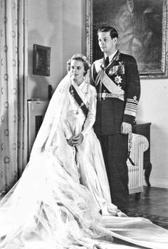 The next royal lady to wear the meander tiara was Princess Anne of Bourbon-Parma when she wed King Michael I of Romania on 10 June 1948 Royal Wedding Gowns, Royal Weddings, Reine Victoria, Queen Victoria, Michael I Of Romania, History Of Romania, Romanian Royal Family, Bourbon, Today In History