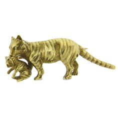 Antique Gold Cat and Kitten Brooch | From a unique collection of vintage brooches at https://www.1stdibs.com/jewelry/brooches/brooches/