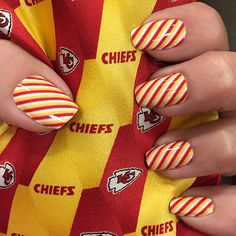 Get the look of a professional manicure with our DIY nail wraps. Featuring KC Chiefs football nail art in red, gold, white & black. Easy to apply & looks great on short or long nails. designs to mix & match so you can create the perfect NFL Fanicure! Kansas City Chiefs Football, Kansas City Royals, Pittsburgh Steelers, College Football, Dallas Cowboys, Football Nail Designs, Football Nail Art, City Nails, Striped Nails