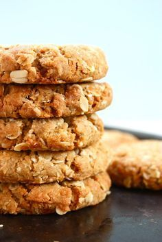 Tasty ANZAC biscuits...so addicting! ANZAC stands for Australia-New Zealand Army Corp Cookies traditionally made for soldiers.