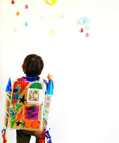 Shoot for the moon! - Rocket Pack of Dreams Turn your recycling box into a world of DREAMS! And make this DIY Recycled Rocket Pack with the kids #rockets #toddlers #preschool #junkmodelling #recycling