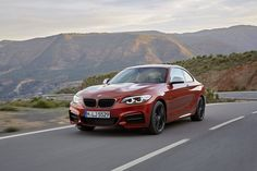 BMW 2er Coupe (F22 LCI, facelift 2017). REPIN if you love BMW. Visit our Wiki Catalog and discover all the technical specifications of this beauty - engine, torque, power, engine displacement, fuel type and economy, turning circle, brakes, dimensions