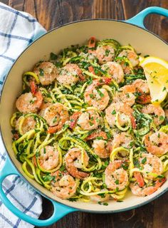 Healthy Shrimp Scampi with Zucchini Noodles. A skinny version of the classic, easy shrimp pasta dish that's low carb and full of flavor! Recipe at wellplated.com | @wellplated