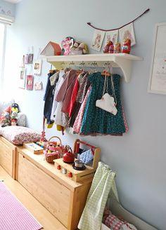 Une maison contemporaine pleine de vie kids corner bright colours and love the - Kinderkamer coloree ...