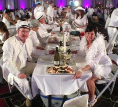 Of feathers and fedoras, Diner En Blanc 2014 at the Hyatt Regency New Orleans